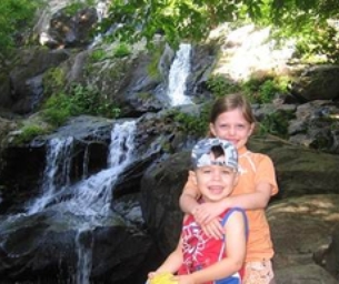 Tips for Teaching Your Kids to Enjoy Hiking