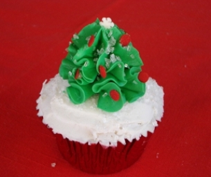 Quick Christmas Tree Cupcakes