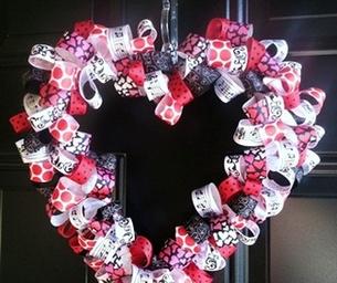 Super Easy Valentine's Day Wreath