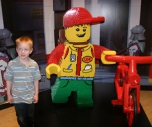 Discover the Thrill of LEGOLAND Discovery Center!