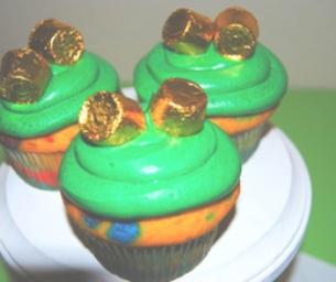 St. Patrick's Day Dessert: Rainbow Cupcakes