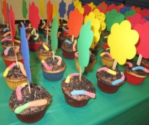 Celebrate Earth Day With Dirt Cupcakes