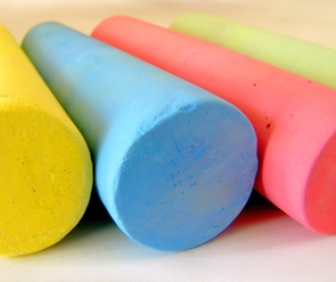 Homemade Summer Sidewalk Chalk