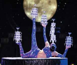 WIN 2 Tickets to Golden Dragon Acrobats