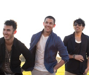 ENTER TO WIN 2 Tix to The Jonas Brothers Aug. 4th