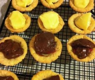 Mini Cream Pie Cookie Cups