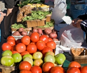 Local Farmers Markets - Be a Locavore!
