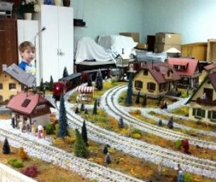 Christmastown Train at Arbutus Park Manor!