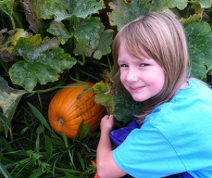 Oxbow Farm & Education Center - Helping Kids Learn Where Food Starts