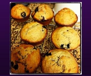 Macaroni Menu: Banana Blueberry Muffins