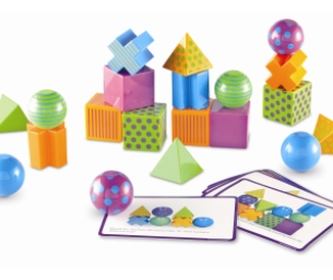 DISCOVERY TOYS, A  CLASSIC EDUCATIONAL TOY BRAND FOR THE HOLIDAYS