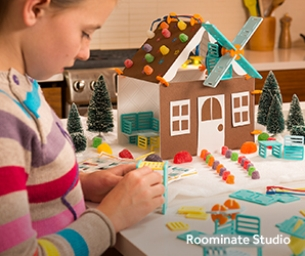 COME TO RADIOSHACK® TO PLAY WITH TOYS THAT REINVENT FUN