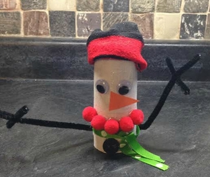 Macaroni Made: Toilet Paper Roll Snowman