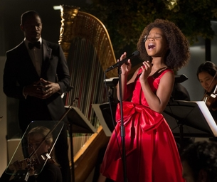 "Jamie Foxx, Quvenzhane Wallis & Will Gluck Talk All Things ""Annie"""