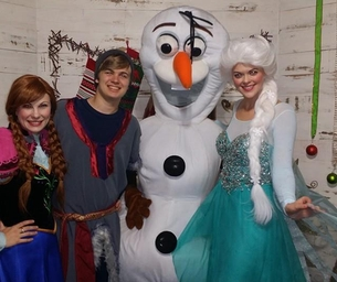 GIVEAWAY - Ice Princesses Party at NOLA ChristmasFest