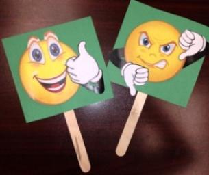 Macaroni Fun: Commercial Rating Game