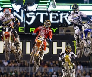GIVEAWAY: WIN 4 Tickets to Monster Energy AMA Supercross!