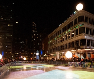 South Street Seaport Iceskating is BACK!