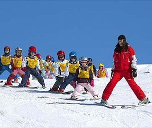 """Jauary is """"Learn To Ski"""" Month!"""