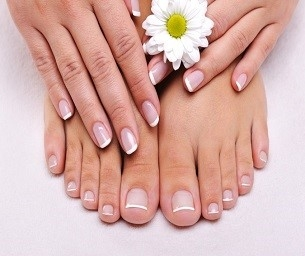 Two Specials for Nails with Liza and Sue at Metro in Marlboro