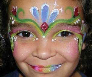 Face Painting with GlitteRee