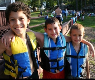 Macaroni Cares: Camp for Grieving Children Opens in NY