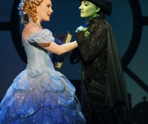 Wicked is coming to the Paramount