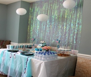 How to Throw a Stress-Free Party on a Budget