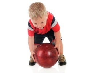 Kids Bowl Free this Summer at Local Bowling Alleys